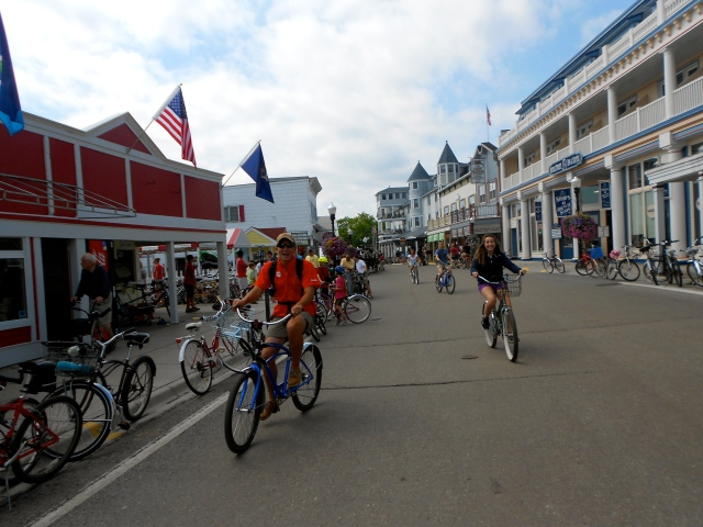 My mom's birthday wish? For her family to all take a trip to Michigan and bike around Mackinac Island... Mission accomplished!