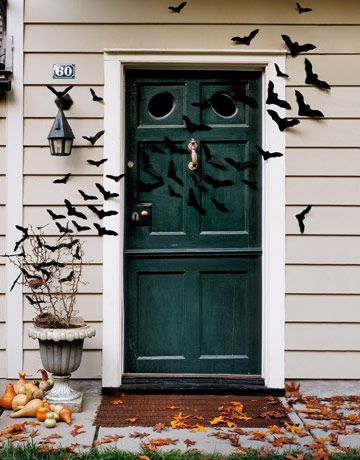 This batty door gives a neat effect with not so much effort!